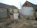 Po zbourani suchych WC 1