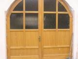 Detail vrat do prujezdu ze dvora